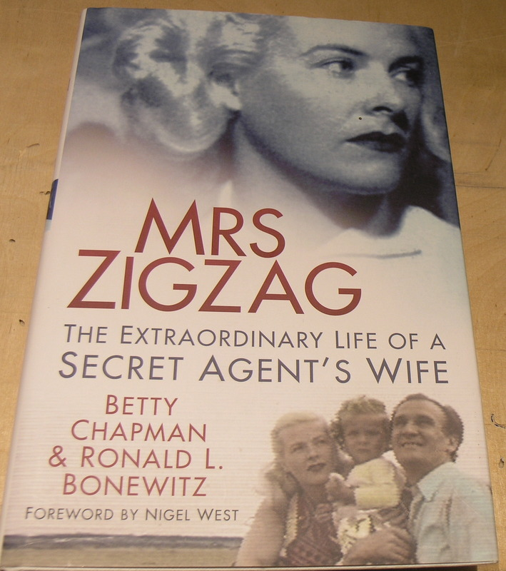 Image for Mrs Zigzag: The Extraordinary Life of a Secret Agent's Wife